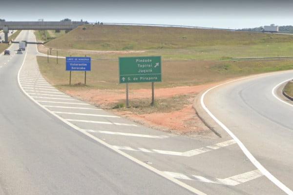 Acesso para Piedade na Rodovia João Leme dos Santos (SP-264)